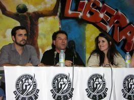 Alberto Garzón, Nelson Restrepo y Esther López Barceló